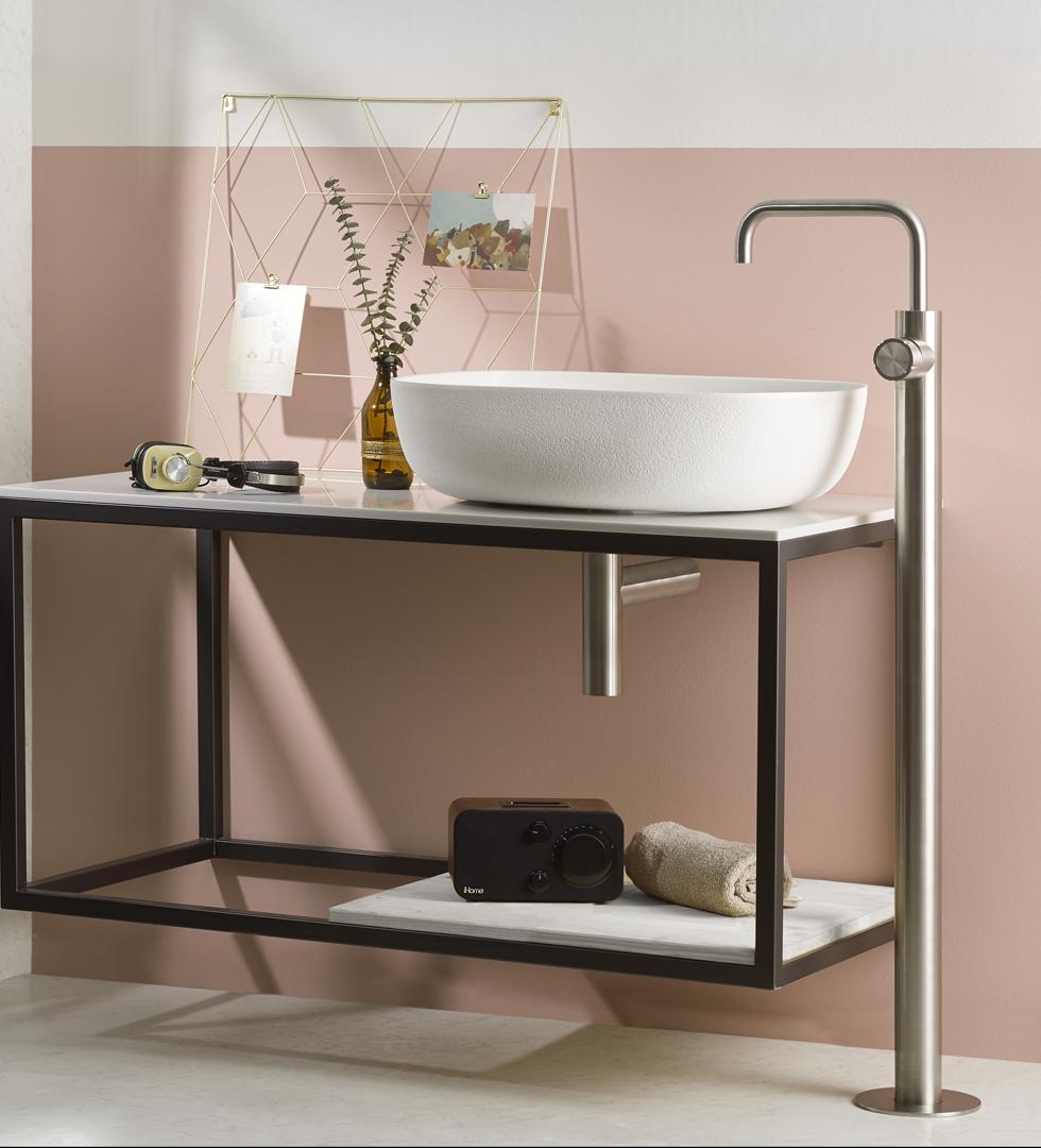 Lavabo A Colonna Design rubinetteria inox freestanding synth, colonna doccia, lavabo