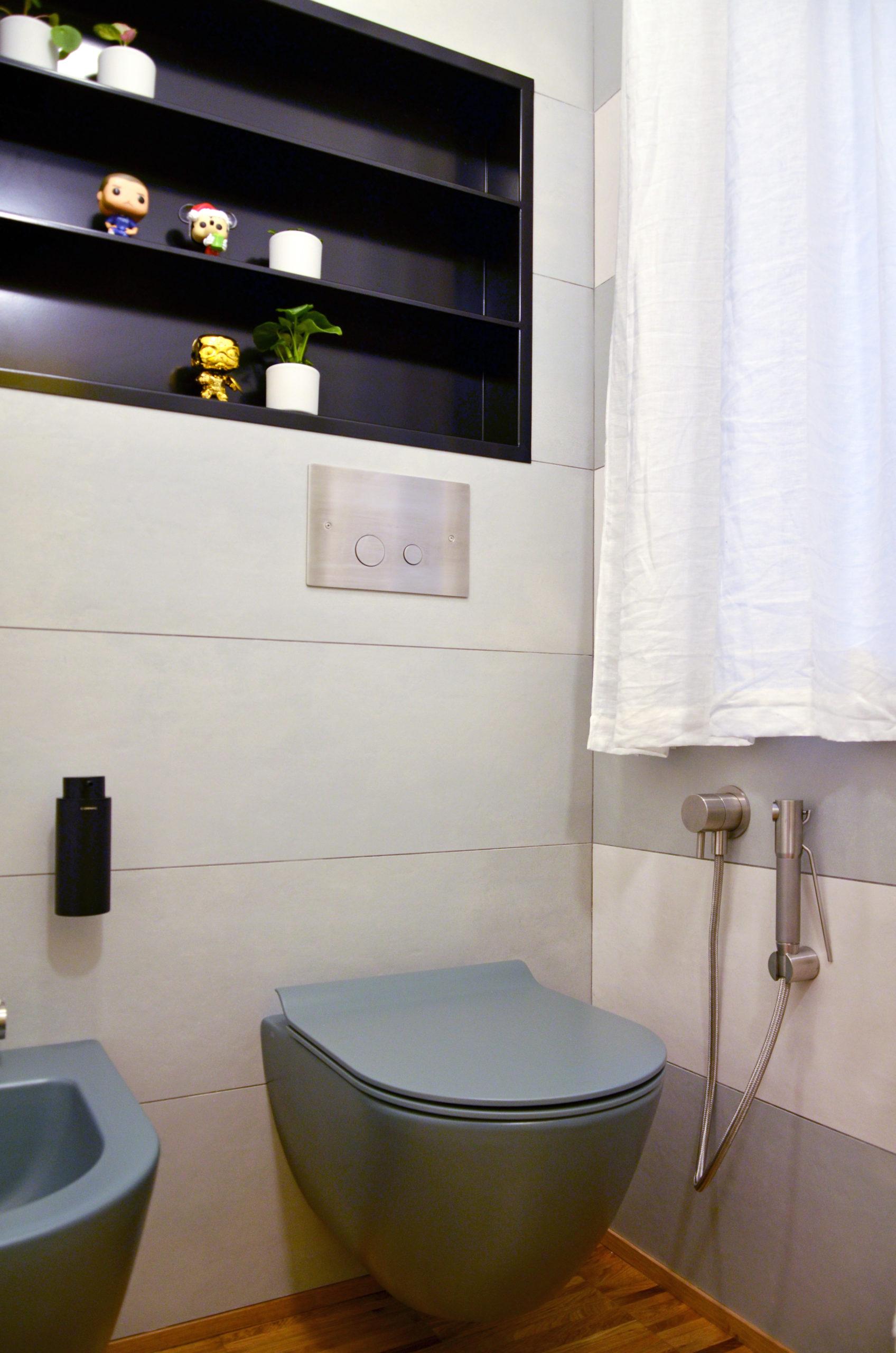 Zona sanitari progetto Design Outfit con rubinetterie di Mina